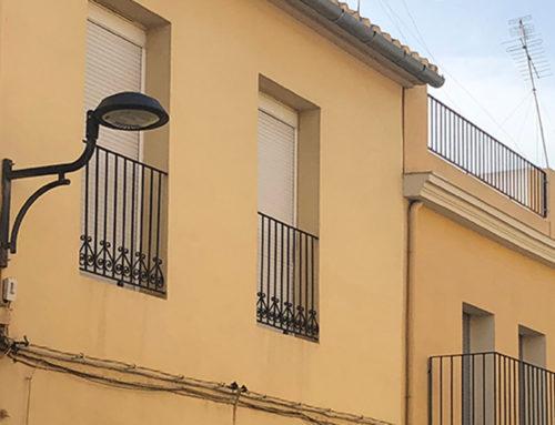 L'Ajuntament inverteix 50.000€ en canviar la llum de 242 fanals