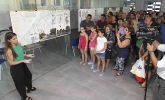 L'Ajuntament d'Algemesí premia els projectes per a actualitzar l'entorn urbà de la ciutat  El primer premi ha sigut per a Ester Blasco i Víctor Rubio; el segon, per a Àgora Arquitectes  i el tercer, per a HAC 90 Arquitectes la veu d'algemesí