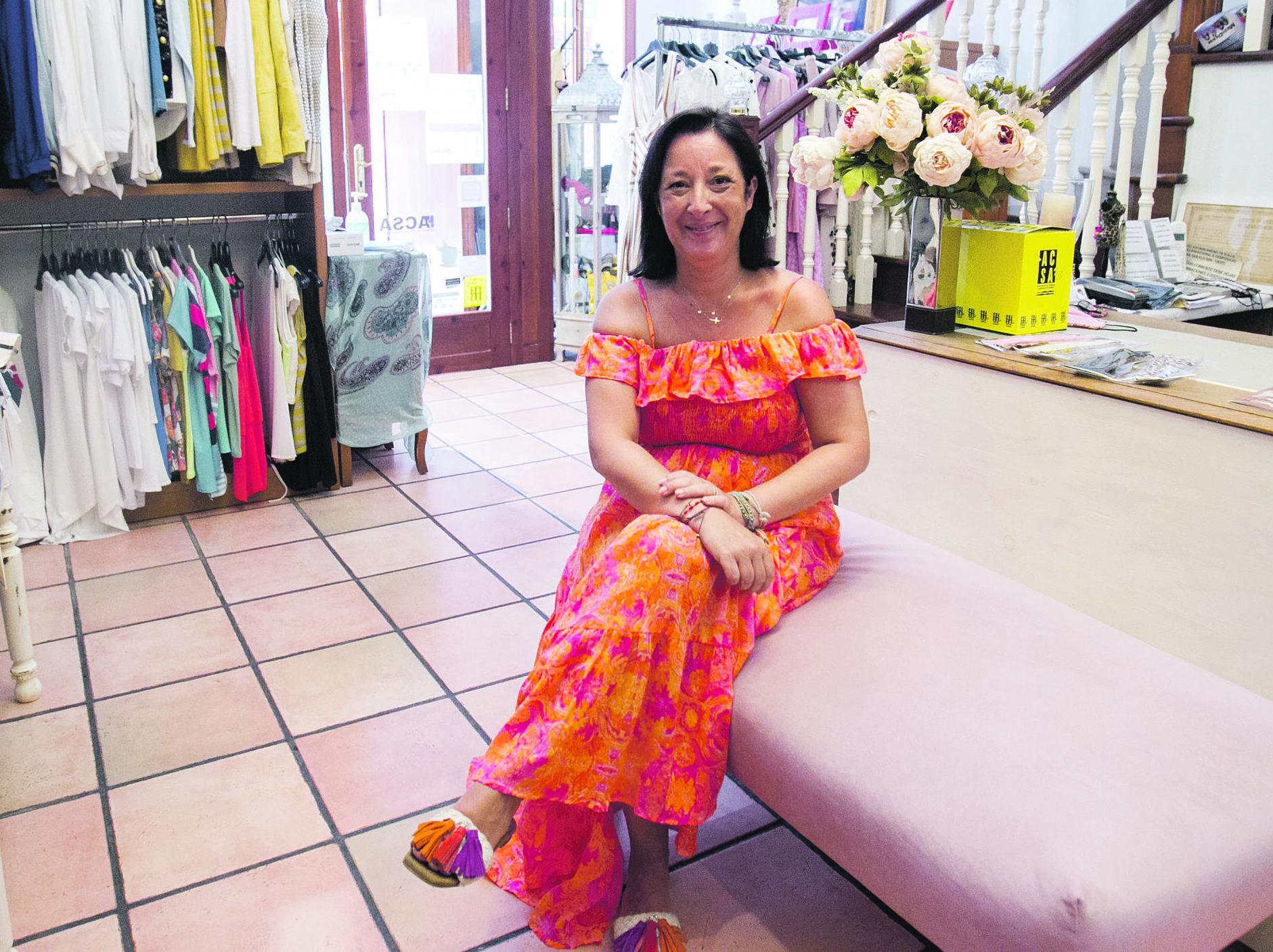 carmen tienda de ropa moises castell agencia prensa2