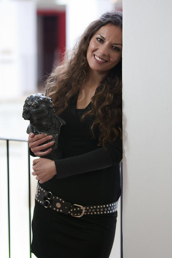 Carmen Veinat. Premi Goya de perruqueria. Nº36 - febrer 2015. MOISÉS CASTELL/PRENSA2