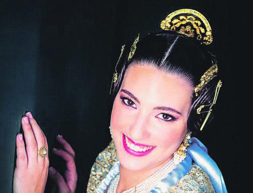 Marina Varela i Such, Fallera Major de la Falla Plaça del Cid, infermera en plena pandèmia