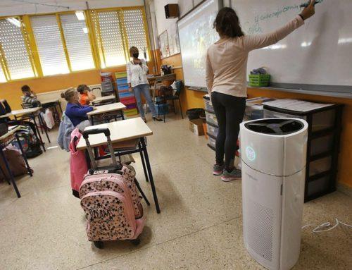 PP: Mig any esperant els purificadors per a les aules